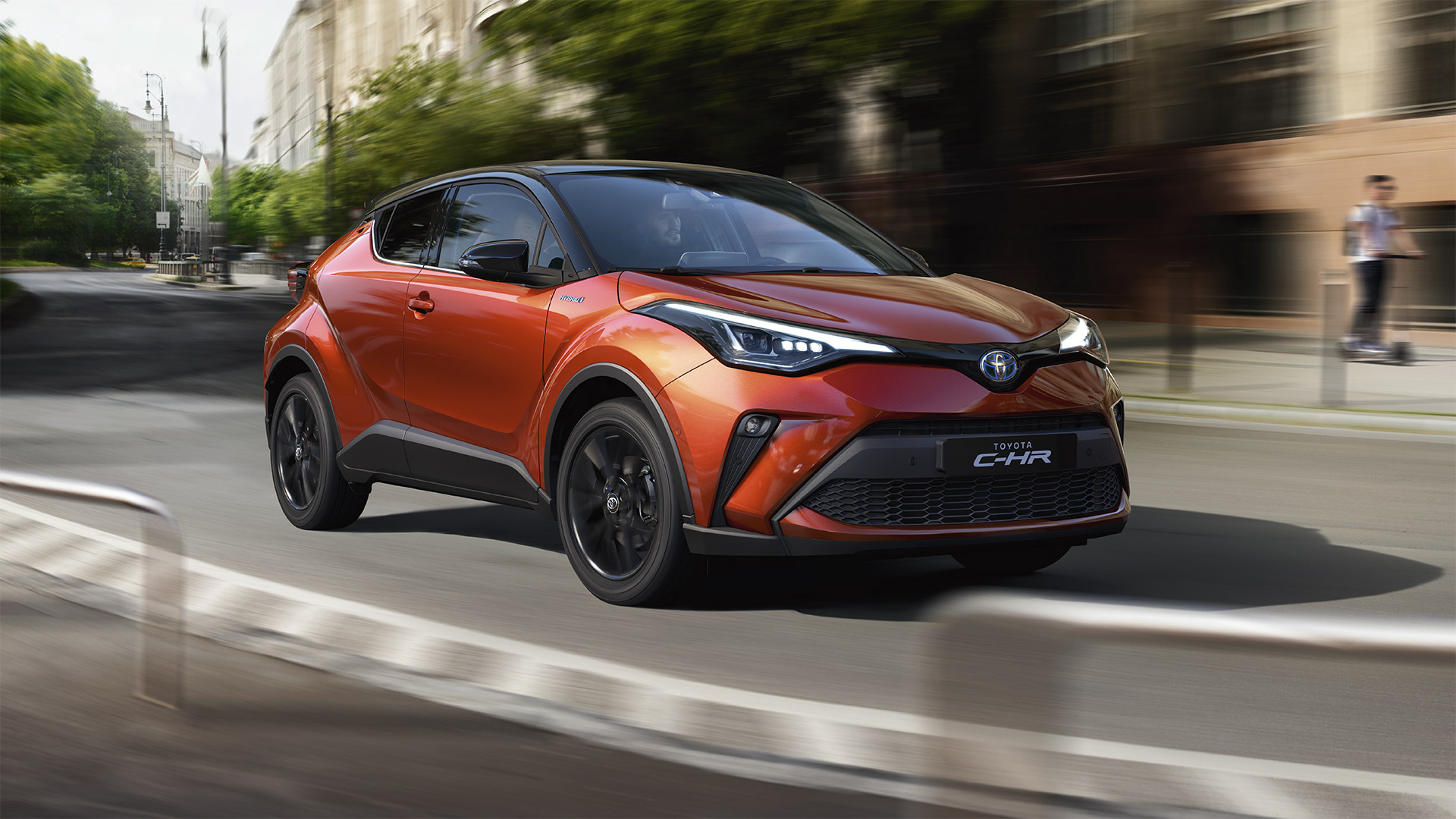 toyota-c-hr-2019-gallery-004-full_tcm-1016-1776333